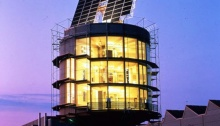 self sustaining solar home