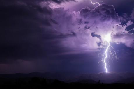 Monsoon, Mike Oblinski