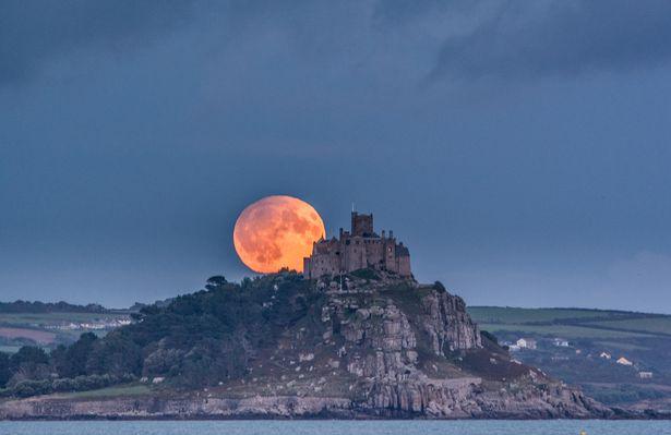 Harvest Moon, poetry